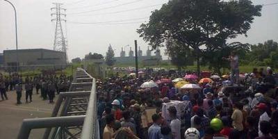 ポスコ社へのデモ、住民数千人が工場の操業停止を要求