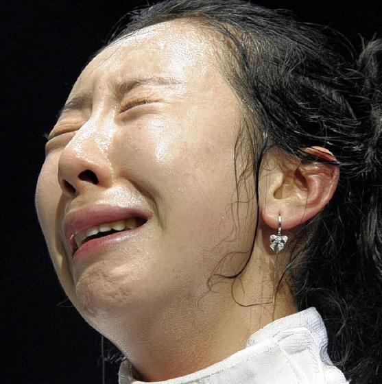 韓国人って泣き方が大げさ