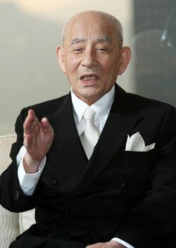 学学校法人智辯学園の藤田照清・前理事長