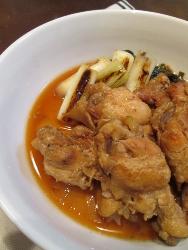 ほろほろ鶏手羽元の黒酢煮