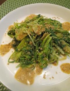 水菜の胡麻ドレ黒酢風味