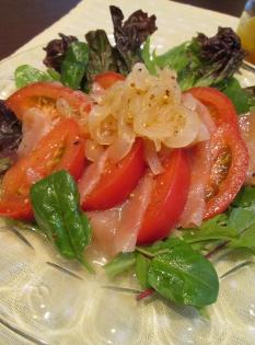 充実野菜で♪トマトとハムのマリネ