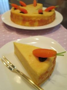 キャロット風味の濃厚ヨーグルトケーキ