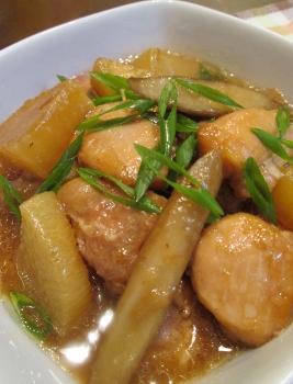 圧力鍋で❀鶏もも肉とごぼうの黒酢煮❀