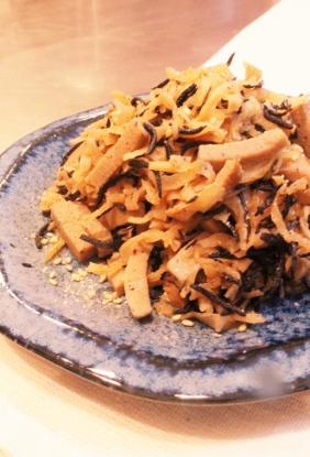 ☆普通のひじきと高野豆腐の炒め煮☆