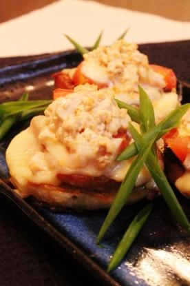 玉ねぎトマトのカレーガーリック豆腐のせ焼き