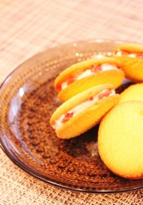 クッキーの生クリーム・ドライストロベリーの簡単さんど (292x417)