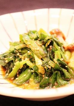 煮豚の煮汁でニラのさっと炒め☆ゴマいっぱい (247x357)