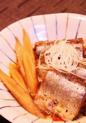 圧力鍋で☆さんまとごぼうの黒酢煮☆やわらかぁ~ (290x417)