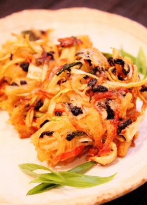 カニカマと半端野菜のかき揚げ (300x417)