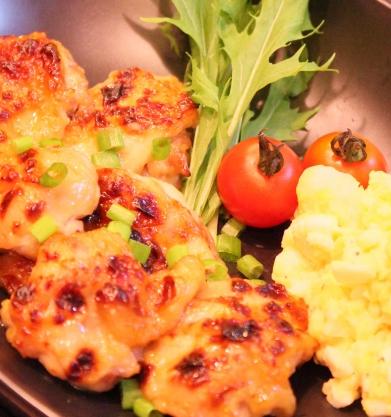 鶏もも肉のグリル焼き (391x417)