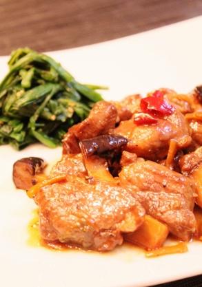 豚肩ロース肉とエリンギの甘辛煮 (293x417)