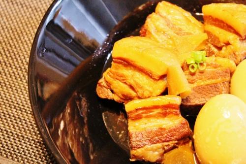 圧力鍋でとろとろ豚バラ角煮 (500x333)
