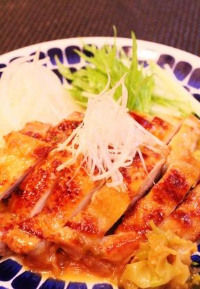 追いがつおつゆで♫鶏もも肉の簡単照り焼き (288x417)