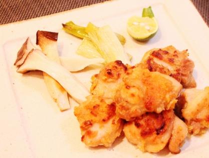 鶏もも肉と丸ごとエリンギ白ネギヘルシーグリル焼き (417x316)