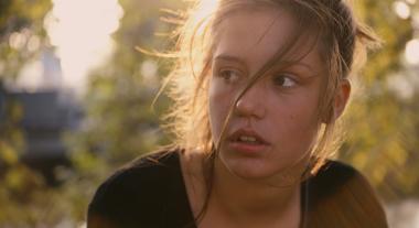 『アデル、ブルーは熱い色』 主役のアデルを演じたアデル・エグザルホプロス。どこかあどけなさが残る風貌。