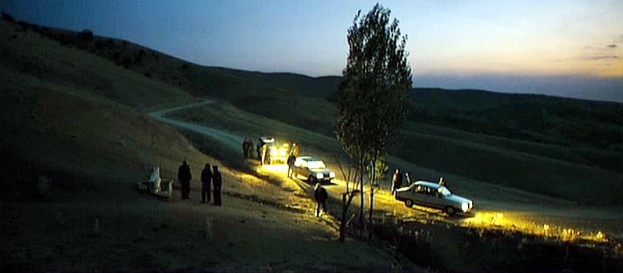 ヌリ・ビルゲ・ジェイラン監督 『昔々、アナトリアで』 ライトに照らされた草原の風景も印象深い。