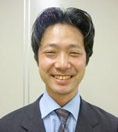 鈴木幹男氏