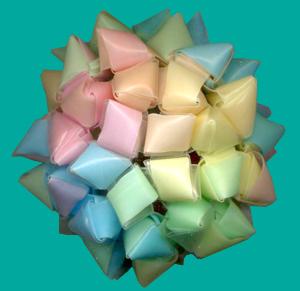三角玉でくす玉 作り方9