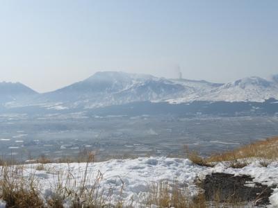 大観峰から観る中岳 2014 2.24