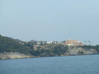 対岸から見たホテル 2014 3・4