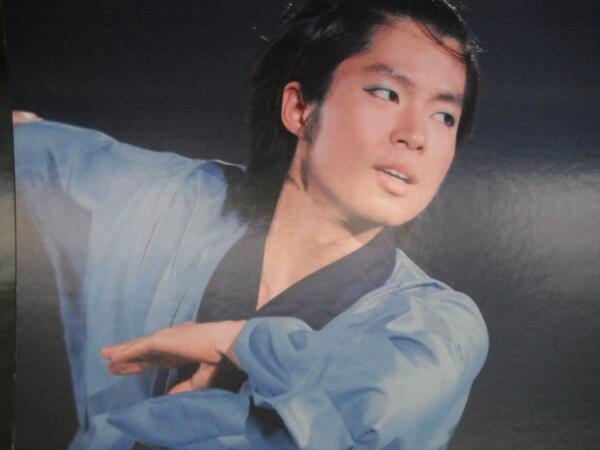 京急車両に掲載された町田樹の画像10
