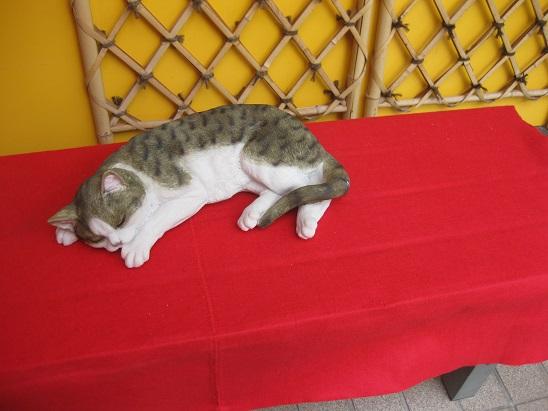 6猫の置物5 1208