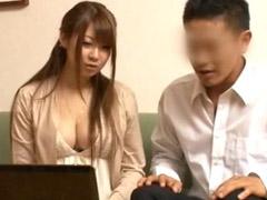 北川瞳 人妻は旦那に相手をしてもらえなくて欲求不満。夫以外の男にアダルトビデオを見せ、さらに『セックスOK』オーラを分かりやすく出して誘惑する!! 巨乳 盗撮 淫乱