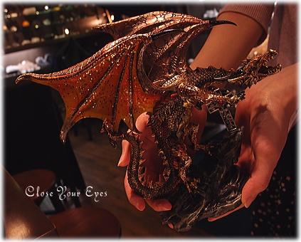blog-dragoncross05.jpg