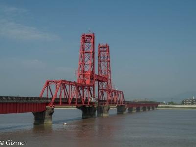 昇開橋大川市側