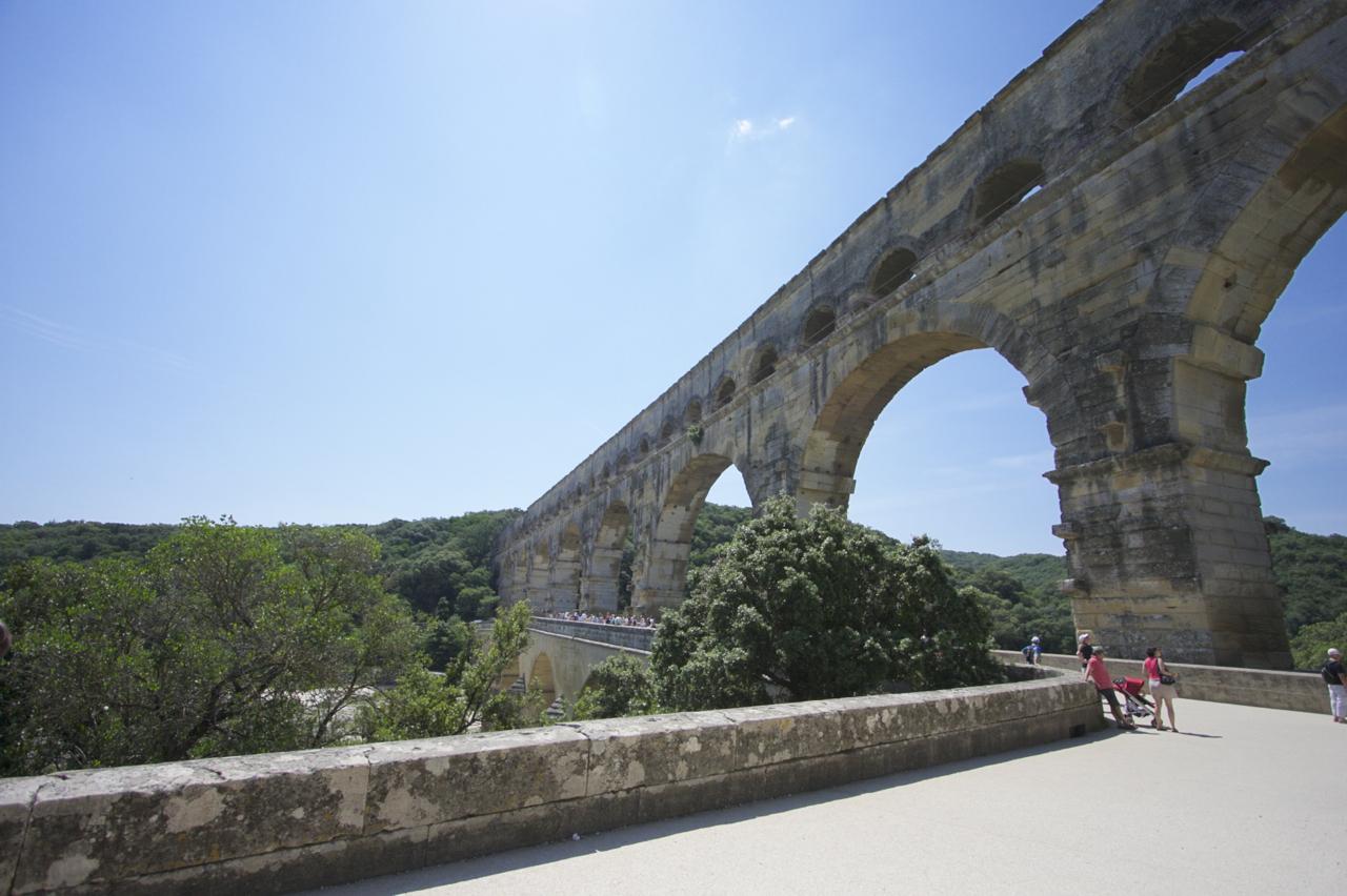ポン・デュ・ガール(Pont du Gard)