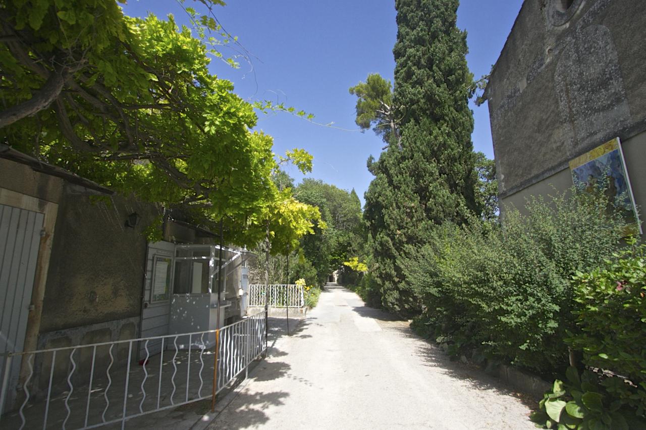 サン・レミ・ド・プロバンス(Saint-Rémy-de-Provence)