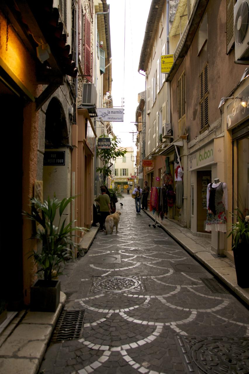 アンティーブ(Antibes)の旧市街