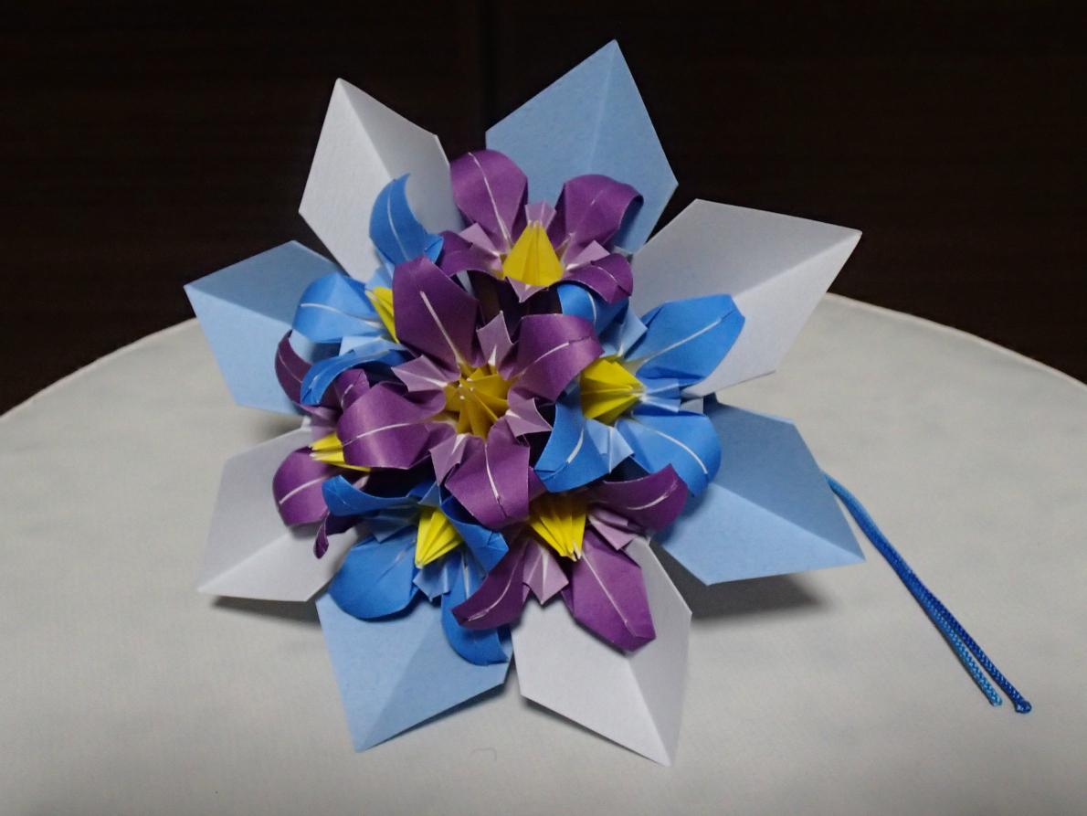 すべての折り紙 折り紙 花 作り方 バラ : 多少はグラデーションが ...
