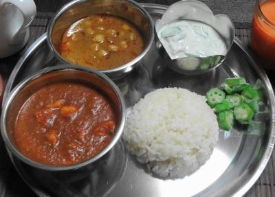 カレー2種&食器