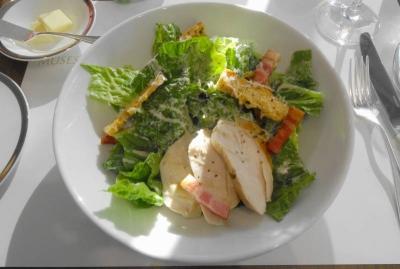 鶏胸肉のシーザースサラダ