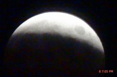 十五夜 皆既月食