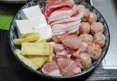 鶏・つくね・豚バラ・豆腐・お揚げ
