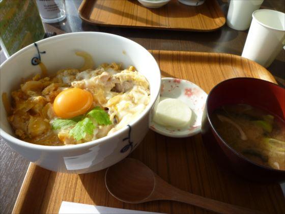 マザーズたまご館in地鶏親子丼_R