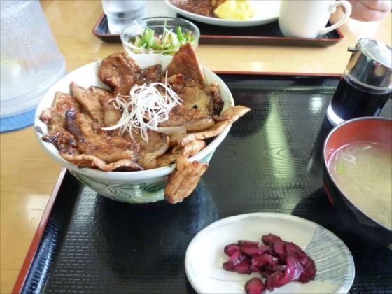 あつま豚丼in厚真レストランこぶし_R