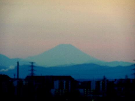 薄暮の富士
