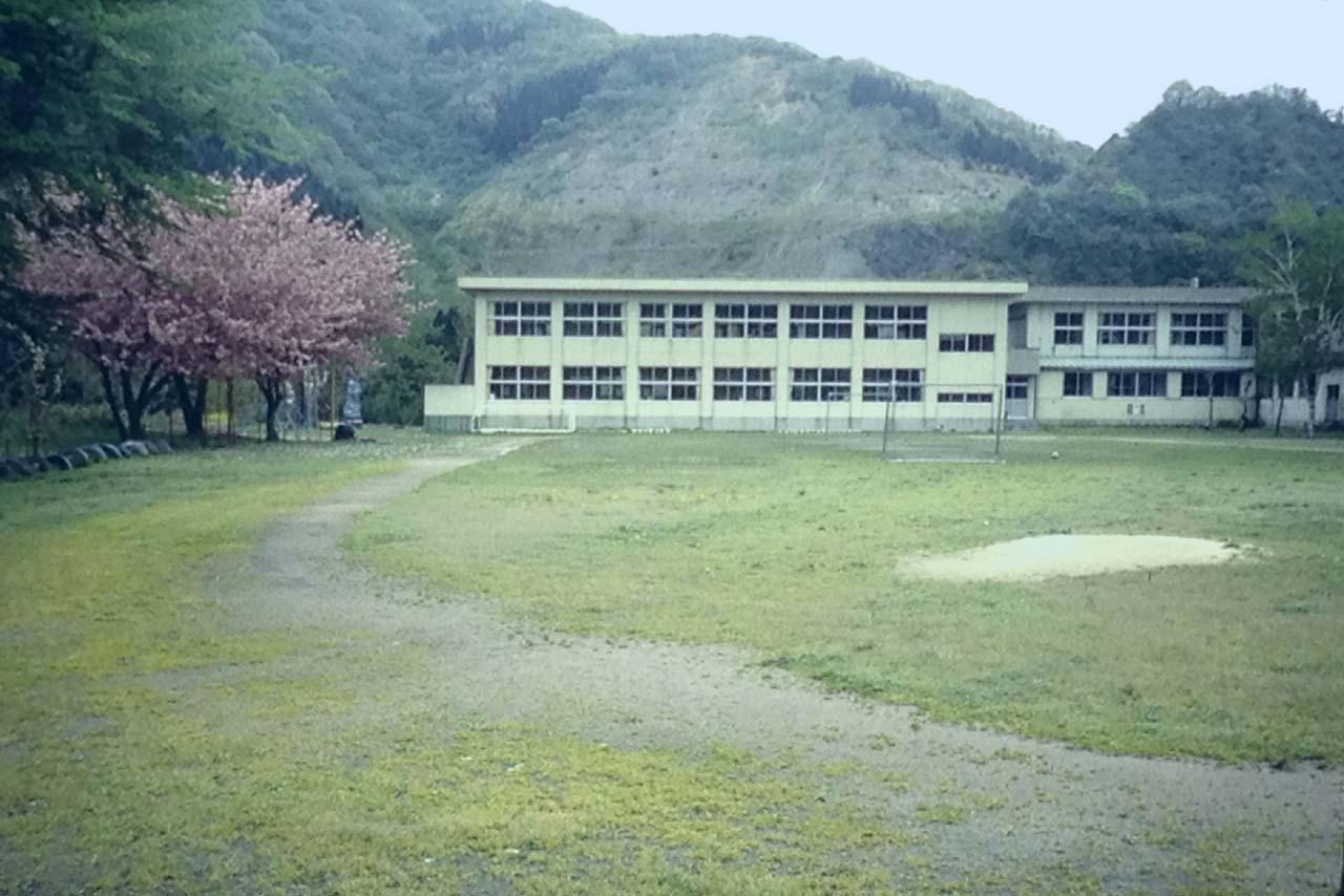 下条小学校校庭2