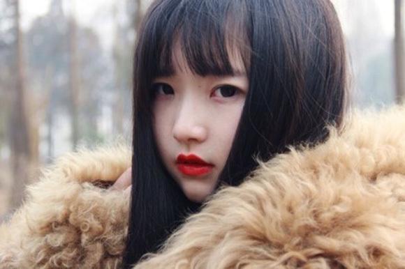 若すぎる中国女性3