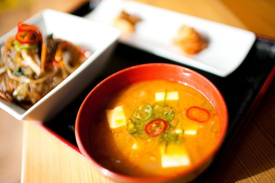 韓国料理 和食 なりすまし