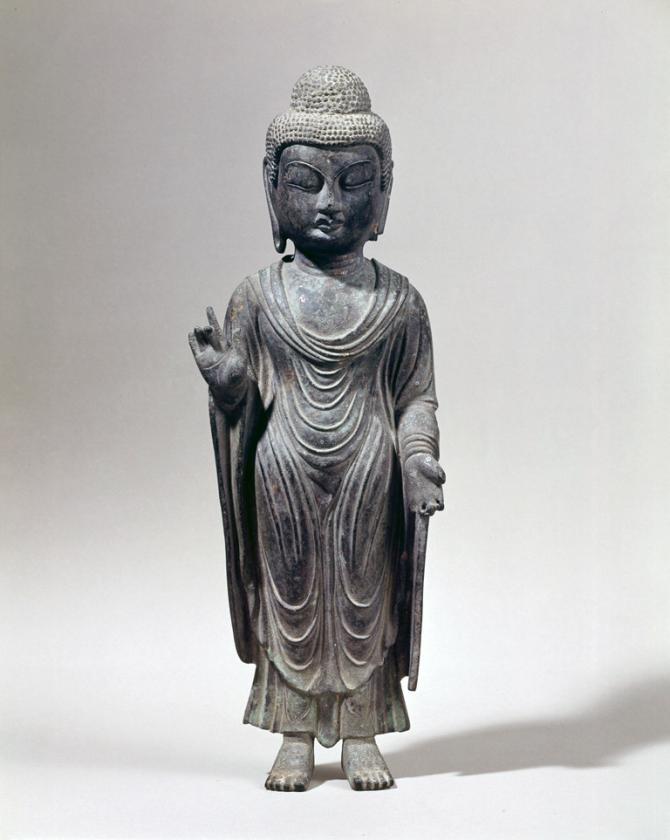 海神神社から盗まれた「銅造如来立像」