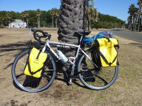 フル装備の自転車