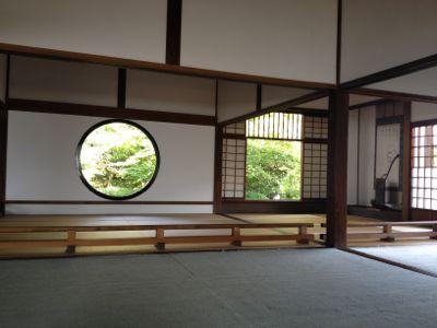 丸い「悟りの窓」と四角い「迷いの窓」(2)