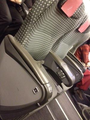 クラスJの座席