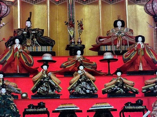 雛祭り(76589 byte)