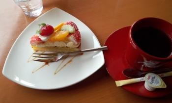 20140220ケーキセット((美^~^味))モグモグ♪